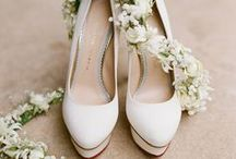 Wedding Shoes / by Wedding Paris