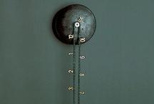 wall clocks / reloj de pared / by Anankaie