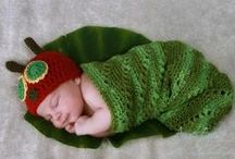 Newborn Photo Props / Some of my favorite props for newborns. Including some of my own. www.happybabycrochet.com.