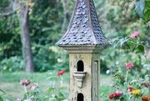Garden ♥ Birds & Nests & Feeders ★ / Zahrada * Ptáci & Budky & Krmítka