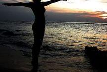 About A Girl / A girl escapes horizon