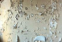 {Walls}