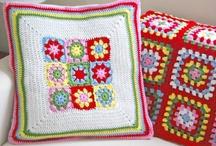 crochet & knit pillows