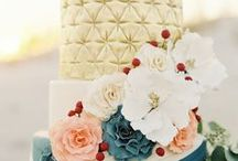 Wedding Cakes and Desserts / Wedding cakes / by Weddings by Hannah