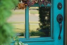 Outdoor Home Improvement Projects  / DIY Outdoor Projects to help increase home value & curb appeal / by Sherry Smith