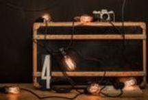 Edisson im Raum / Edison, Lightbulbs, Deko, Glühbirnen, Vintage, Filament Bulbs, Leuchtmittel, Textilkabel mit Fassung, Festoon lights, String lights