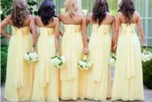 Yellow wedding inspiration / Yellow themed wedding | bruiloft | geel This colour makes everybody happy!  www.yourfairytale.nl