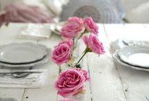 - JOLIES TABLES / De très jolies tables pour embellir un repas ou une fête !