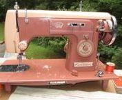Vintage & Antique Machines / Vintage, Antique Sewing Machines