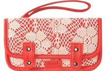 Bags & Purses!! <3 / by Alyssa Marie Murray
