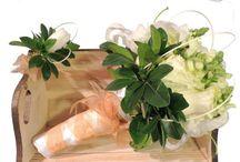 Nuestras bodas / Contáctanos para cotizar tu boda clientes@lapetala.com.  2159030 Bogotá.