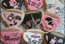 Fashion , Travel, Countries themed cookies / by cecilia cuellar