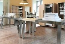Kitchen - Cucine / Beautiful minimal kitchens, with little tips to make them more cozy and warm