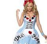 Märchen-Kostüme / Einfach märchenhafte Kostüme, mit denen Sie zum Fasching und auf Mottopartys im Mittelpunkt stehen werden. Aber bloß nicht vom Apfel der bösen Stiefmutter naschen!
