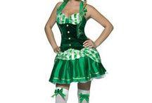 """St. Patrick's Day / Der irische Nationalfeiertag """"St. Patrick's Day"""" steht traditionell für die größte Sause der grünen Insel. Deshalb gibt's hier alles, damit Sie für einen Tag zum Iren werden!"""