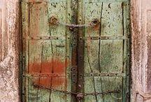 門・ドア・窓 / ホラーとメルヘンの結界