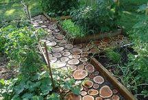 Backyard Design Ideas / Raised bed gardening, trellis, backyard