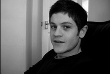 Iwan Rheon :) / Gorgeous man :) ! save me Barryyyy :D ♥ from Misfits :) he is really beautiful ! :)