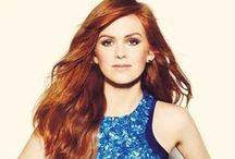 Isla Fisher / She's adorable redhead and great actress in Confession  of a shopaholic. :)