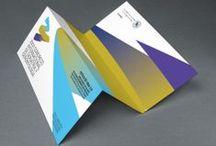 """Trabajos """"Editorial y papelería"""" / Colección de aplicaciones diseñadas para producción en papel. ¿Pero qué haríamos sin el PAPEL?"""
