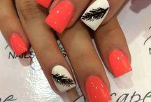 Nail Designs / Polish, Colours, Shellac.. Etc