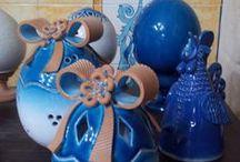 EASTER / Uova in ceramica artigianale per decorare la casa e la tavola. Easter table decorations and gift ideas