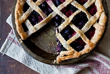 Pies Pies I Love #Pie / Huge collection of pie recipes from bloggers and around the web.  #LovethePie