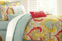 Bed Comforter Sets / Bring new life into your bedroom with our beautiful bed comforter sets. Click on any of the images to view a variety of styles and patterns.
