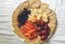 Healthy Snacks / Healthy foods, snacks, & munchies. Yum yum.