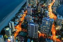 Gold Coast / Queensland's Gold Coast is famous for fun! Beach, fun, relaxation and nature - it's the perfect beachside getaway location.