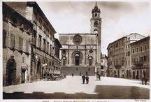 UN TUFFO NEL PASSATO! / Ecco come apparivano alcuni dei 12 Comuni della Strada dei Vini del Cantico dagli anni '30 agli anni '60... Tanti suggestivi scorci di Todi, Spello, Assisi, Marsciano, Monte Castello di Vibio e Perugia (perfino delle frazioni di Ponte San Giovanni e Sant'Enea).