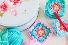 Knitting & crocheting beautiful / beautiful photos on knitting and crocheting, yarn, creative process etc.