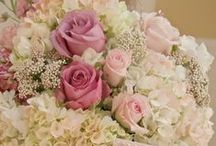 wedding flowers arrangement / wedding flowers arrangement