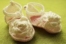 Vauvan tossuja / Virkattua