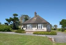 Cosy Holiday Cottages / Cute, quaint and cosy cottages in and around The Pembrokeshire Coast National Park. #Travel #Cottage #Holidays