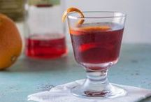 Recipes: Cocktails + Drinks! / Cocktail and nonalcoholic beverage recipes from around the interwebs and from Blossom to Stem | Because Delicious www.blossomtostem.net