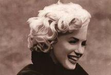 Бесподобная Мерлин Монро / Красота Мерлин была подобна красоте Богини, что снизошла до простых смертных, в поисках греховных насладжений.