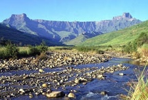 Drakensberg, South Africa / An awe-inspiring and truly magnificent range of mountains, the majority of which lie in KwaZulu Natal and stretch well over 200 kilometres forming a natural border between Lesotho and KwaZulu Natal, are known simply as 'the dragon mountain' or Drakensberg. More info at http://www.sa-venues.com/attractionskzn/kzn_drakensberg.htm