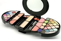 NOUBA MAKE UP - TROUSSES / Nuova linea di trousse per un make up professionale!