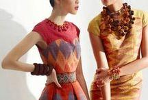[ MODA: indonesian ] / batik cloth, kebaya, tenun, ikat, etc
