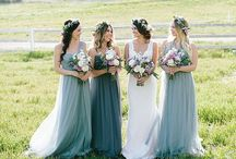 Bridesmaid dresses to swoon over / On trend #bridesmaid dresses with inspiration for different colour palettes