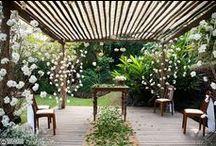 Mesa de Celebrante / Ideias de decoração para a mesa do celebrante. Com toalhas, véus, passadeiras, folhagem, arranjos... www.meiodomato.com.br