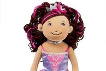 Engeltjes & Draken | Get into the Groovygirls! / When it comes to fun, Groovy Girls set a cool new standard in the world of play. Groovy Girls are all about the power of individualism, diversity, and friendship. Groovy Girls are wildly popular soft dolls with their own unique sense of funky style. Both the Groovy Girls dolls and their extensive line of accessories have been recognized throughout the toy industry for their innovative design and imaginative play possibilities.