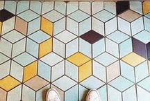 GEOMETRICS | GÉOMÉTRIE / Sur les meubles, sur le sol et sur les murs: on veut des motifs géométriques partout! / On the furniture, the ground and the walls: we want geometric patterns everywhere!