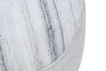 WHITE ON WHITE | BLANC SUR BLANC / Propre, lumineux et frais, le blanc est un must à l'année longue. / Clean, crisp and fresh - white is an all year round must.