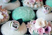Cupcake Love / by Ashlei Harvell