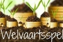 Welvaartsspel Deluxe / Dit prikbord is onderdeel van het Welvaartsspel - Laat rijkdom toe door je rijk te voelen. Wil je ook meer welvaart & welzijn toelaten? Kijk dan op: www.welvaartsspel.nl / by Mariëlle Duijndam