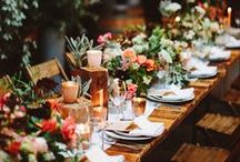 Tablescapes / WEDDING RECEPTION #DIYWEDDING #DIYFLOWERS #tablescapes #receptiontable
