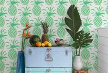 Brasilidade / Verde, amarelo e azul são algumas das cores tropicais que caem super bem em ambientes decorados.