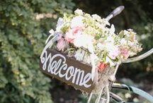 Reception Decor / Fresh flower decor for your reception. #weddingreception #weddingflowers #centerpieces